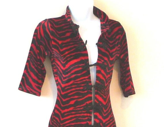 size 6, size 8, catsuit, jumpsuit, tall, red, black, stretch, velour, slinky, sexy, figure hugging, Cat Woman, vixen, dance, unisex