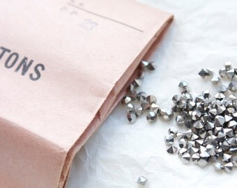 Vintage 1950s Marcasite Chatons / 2.9-3mm // Made in Czechoslovakiia // 50 pieces