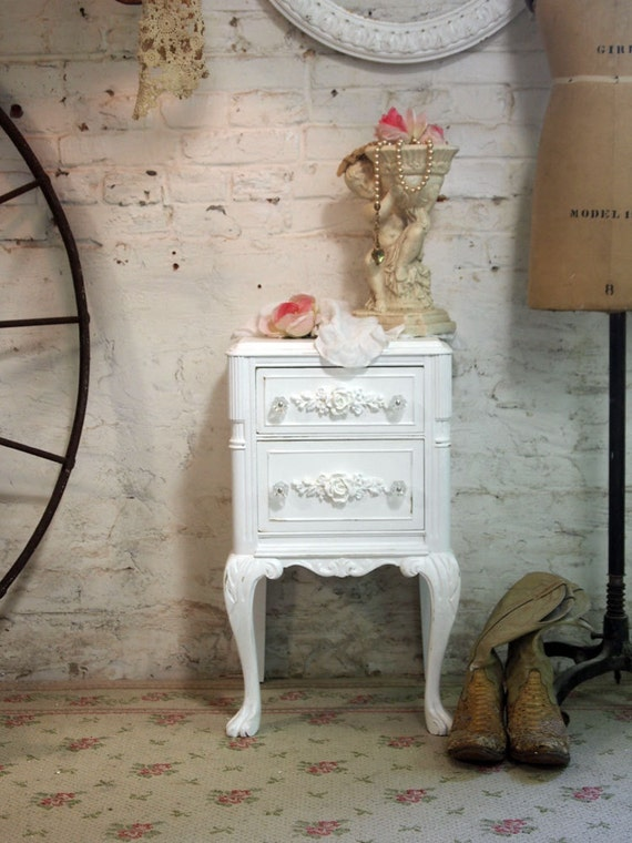 Painted Cottage Chic Shabby White Romantic Night Table NT439