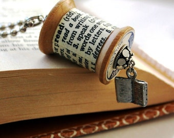 Book Read Jewelry Bookworm Necklace Jewelry / Vintage Wooden Spool Dictionary Definition Necklace : Bookworm Likes to Read