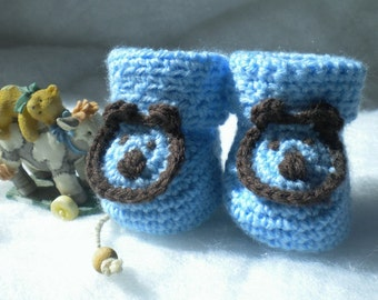 Crocheted Booties Baby Blue w Bear Accent Newborn 0 3 mo