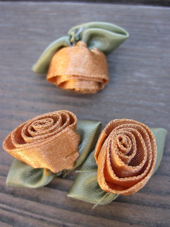 Unique Tan Spiral Ribbon Roses - Lot of over 100