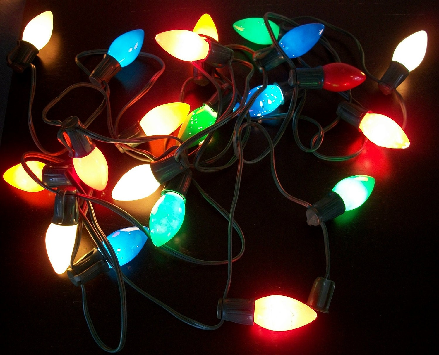 Vintage String of 20 Multi Color Christmas Lights Large Bulbs