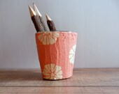 Pencil holder / Peaches, Cream, and Flowers / pen cup
