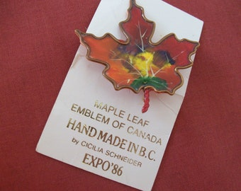 Canadian Maple Leaf Copper Wire and Plastic Enamel Pin Expo 1986