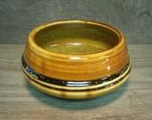 Gold soup bowl (IV33)