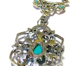 vintage silver tone with turquoise pendant and silver tone chain necklace I