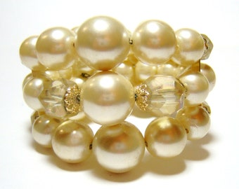 vintage faint yellow three strand bracelet