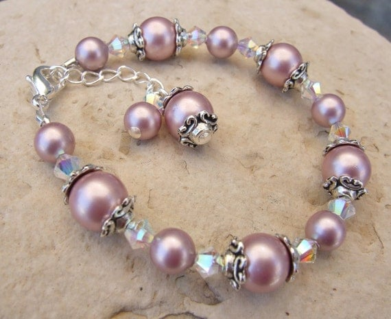 Swarovski Pearl and Crystal Bracelet in Antique Silver B150