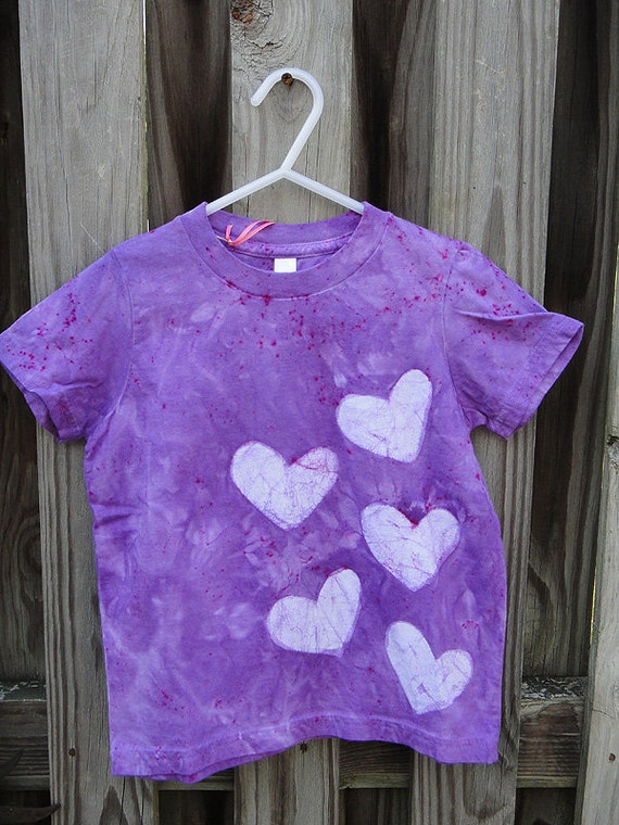 Kids T-Shirt: Purple with Batik Hearts (4) MADE IN USA