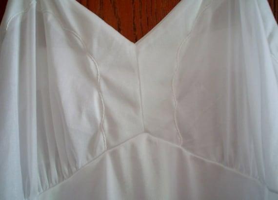 Vintage Lingerie - Full Slip - White - Size Thirty Eight