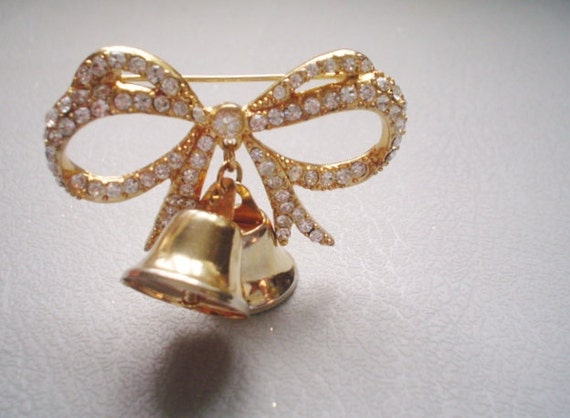 Vintage Brooch Pin - MONET - Rhinestone Bow with Dangling Bells