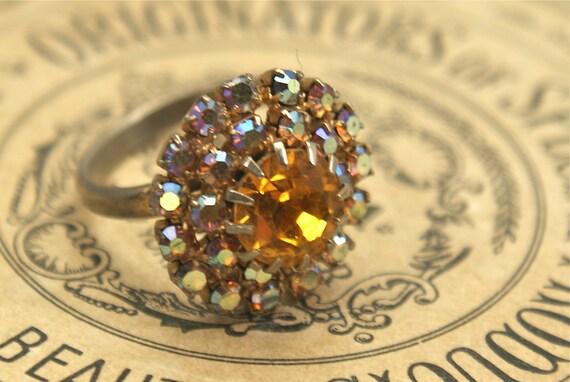 VINTAGE Rhinestone Ring Glass