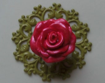Red Rose Knob Pull Ivy Leaf Green Backplate Trimplate