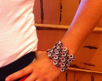 Breast Cancer Awareness Chainmaille Stretch Bracelet