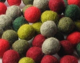 60 Hand-felted Wool Felt Balls 2 CM Retro Christmas Handbehg Felts Fiber Crafts