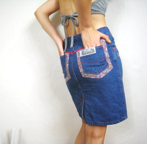 SALE  80s Floral Embroidered Wiggle Jean Denim High Waisted Skirt (Xs/S)