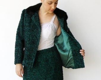 Vintage 1950s Emerald Wool Skirt Suit with Fur Collar / Size L