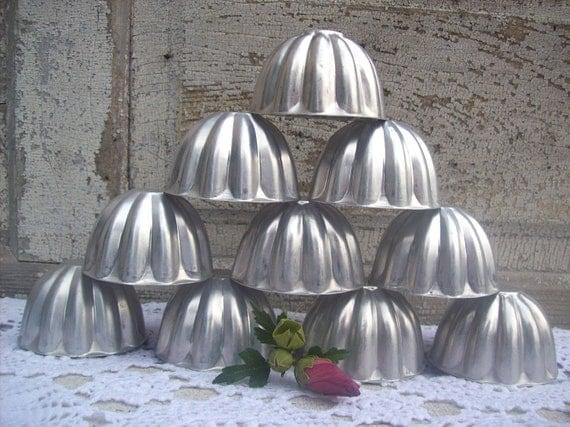 Vintage Tart Molds Pans Mini Jello cakes