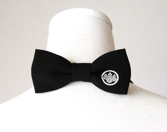 Men's bow tie made with vintage formal black KIMONO silk crape KAMON family crest black and white fits 15 -20inch made to order