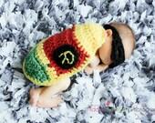 Baby boy hat, baby girl hat, crochet robin cape, photo prop, robin, baby shower gift, super hero nursery, batman robin twiins