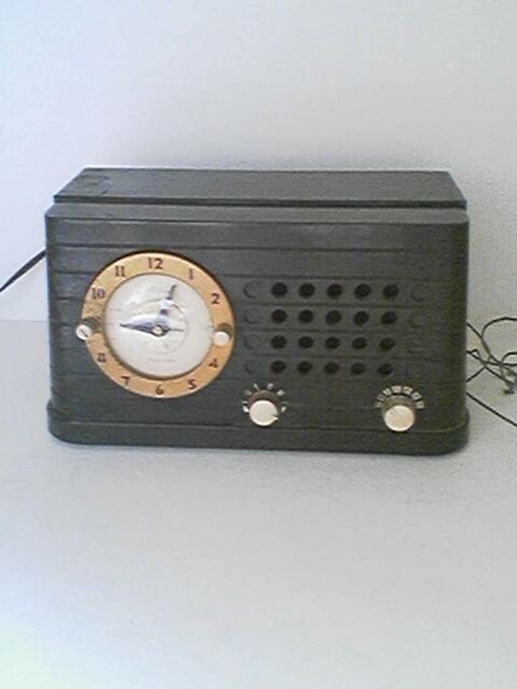 Antique 1940s Electric Telechron Bakelit Musalarm AM Tube Radio Clock RESERVED Special Oder for Stan