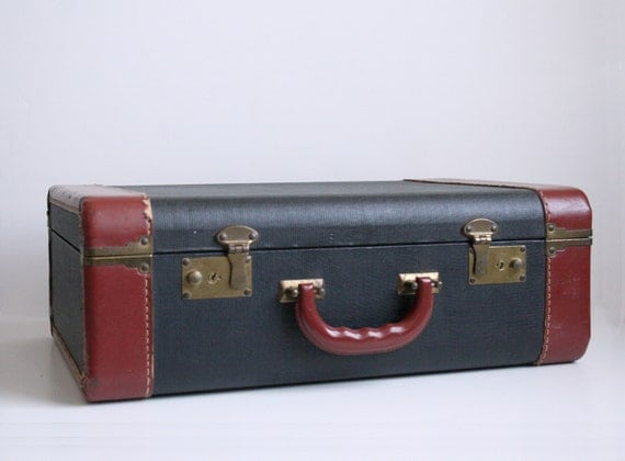 40s Navy Leather Suitcase - Tan Trim