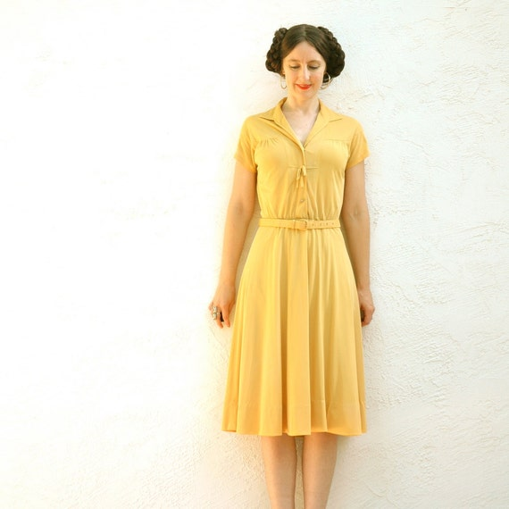 70s Does 30s Day Dress... Golden Yellow Vintage Dress... Adorable Autumn Dress ... STAY GOLD (xs/s)