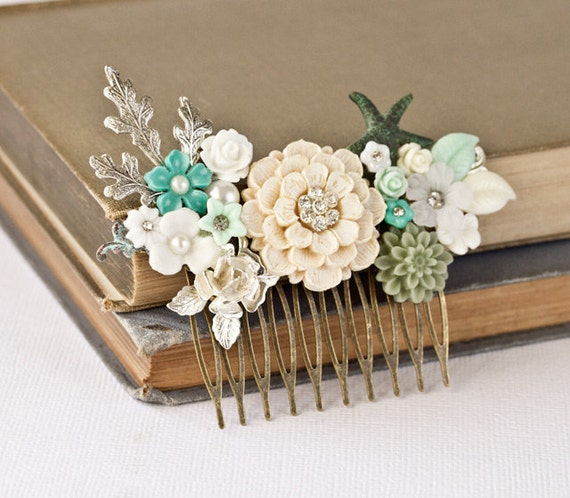 OOAK Wedding Hair Comb Bridal Hair Accessories, SeaGlass Mint Green Beach Wedding, Bridal Hair Accessory, Summer Something Old Vintage Blue