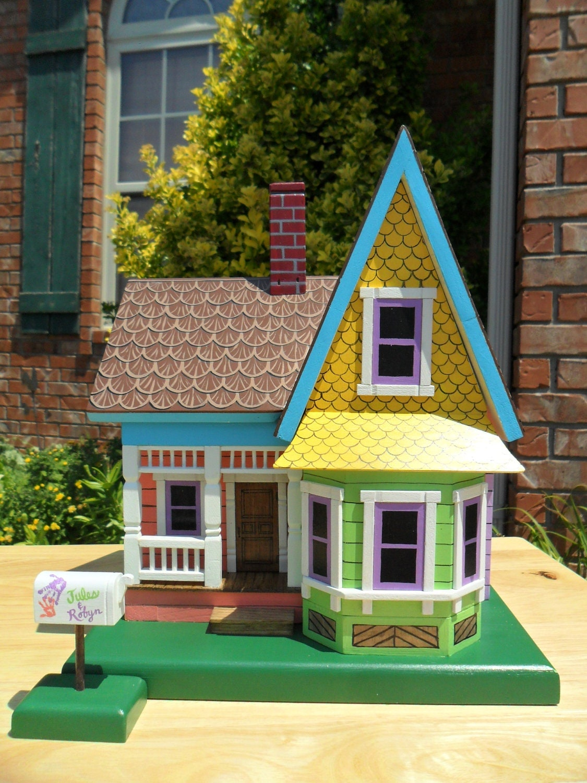 Miniature disney up house themed keepsake by for Model house movie