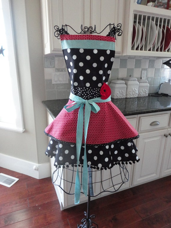 Retro  Womens Apron - 4RetroSisters Annabelle Style - Pretty in Raspberry - Full Apron