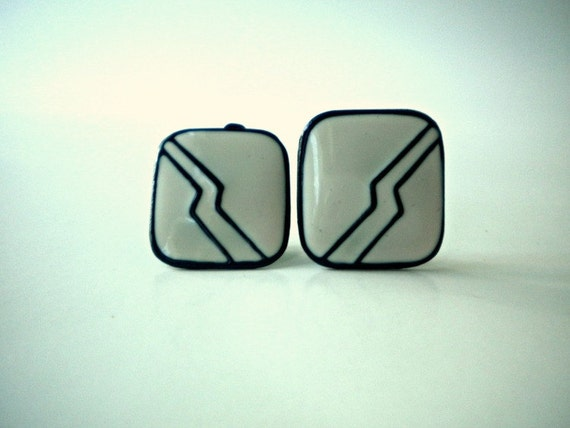 Vintage Navy Blue and White Clip On Earrings