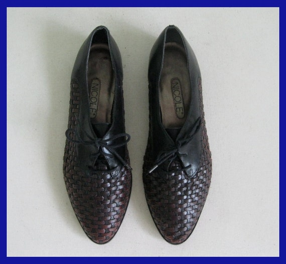Vintage Two Tone Leather Basketweave Oxfords Sz. 8.5 AA / 39 by Nicole
