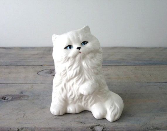 Vintage White Kitty Figurine