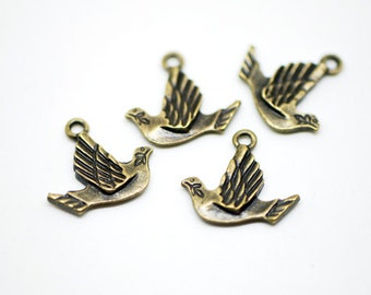 30Pcs Pigeon Bird Charms  Antique Bronze  -10120