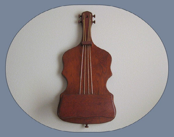 Vintage Wood Wall Hanging, Violin, Musical Instrument, Wall Pocket, Planter, Letter Holder, Mid Century Retro, Wooden Wall Plaque Home Decor