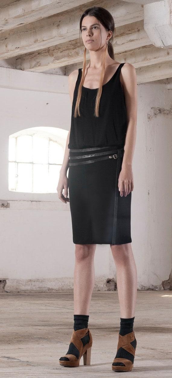 S A M P L E   S A L E   Jersey Drop Waist Open Back Knee Length Dress