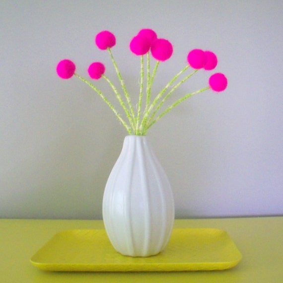 Neon pink flowers - Hot pink polka dot pom poms - Felted Bright flower bouquet - Wool felt balls - Pink Craspedia Billy Buttons - Teen room