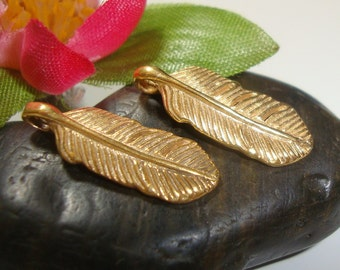 2 pcs, 16.5x6x1.5 mm, Bali Artisan, 24K Vermeil Feather Pendant Charm, Leaf Charm, earrings, dangles