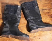 patchwork boots of black embossed leather size 7.5 crepe soles 80s new vintage