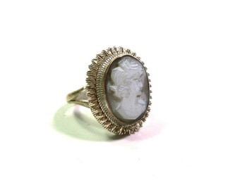 Classic Carved Cameo Ring Set in Ornate Fine Silver Bezel Size 6.5