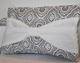 Bridal Clutch Bow Clutch in Gray and White Bridesmaids Gift Bridal Gift