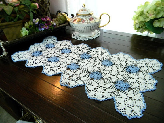 Short Crochet Table Runner or Placemat in White and Blue - Hand Crocheted 8019