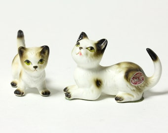 Pair of Cat Figurines - Miniature Mother and Kitten Calico Spots