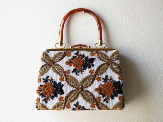 Vintage 1960s beaded handbag with lucite handle