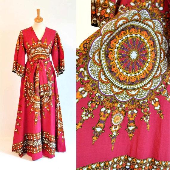 Vtg Dashiki Dress / Floor Length And Full Skirt / Small