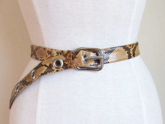 FINAL SALE////vintage 1960s real snakeskin belt with silver tone grommets