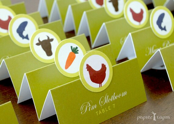 Food icon wedding place cards / set of 50 / showing guests' meal options, no guess work, super cute, recycled paper