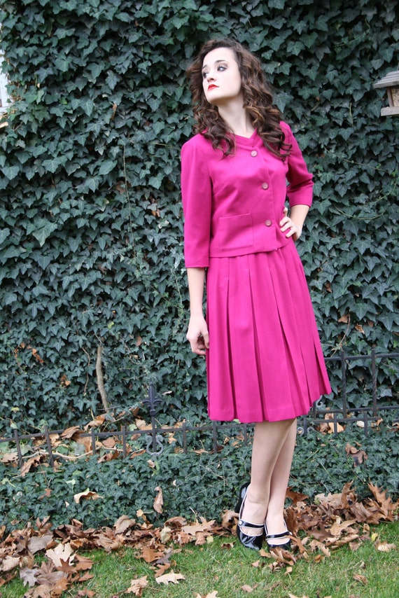 60s fuchsia pink suit mad men pink wool two piece pleated jackie o secretary size small