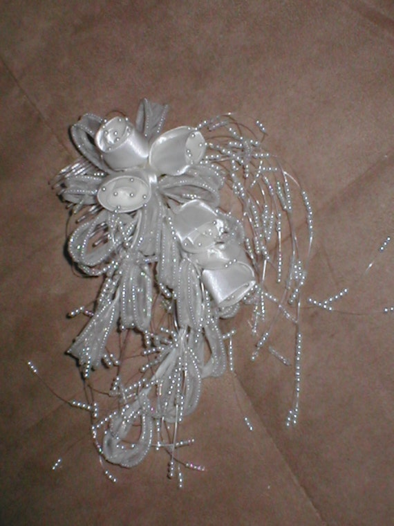 Bridal Headpiece Ivory Roses and Beads on a Comb